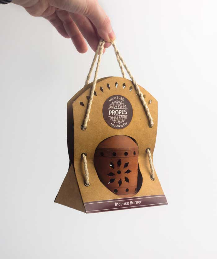 Packaging for a terracotta lamp